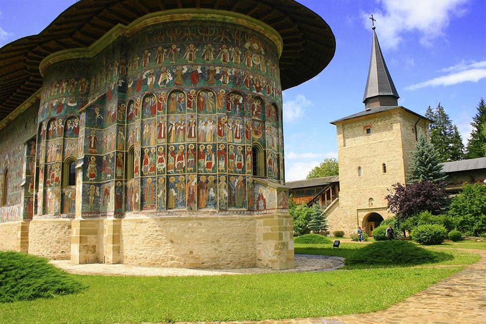 06 - Manastirea Sucevita _ ChiqueRomaniaJPG (1)_site