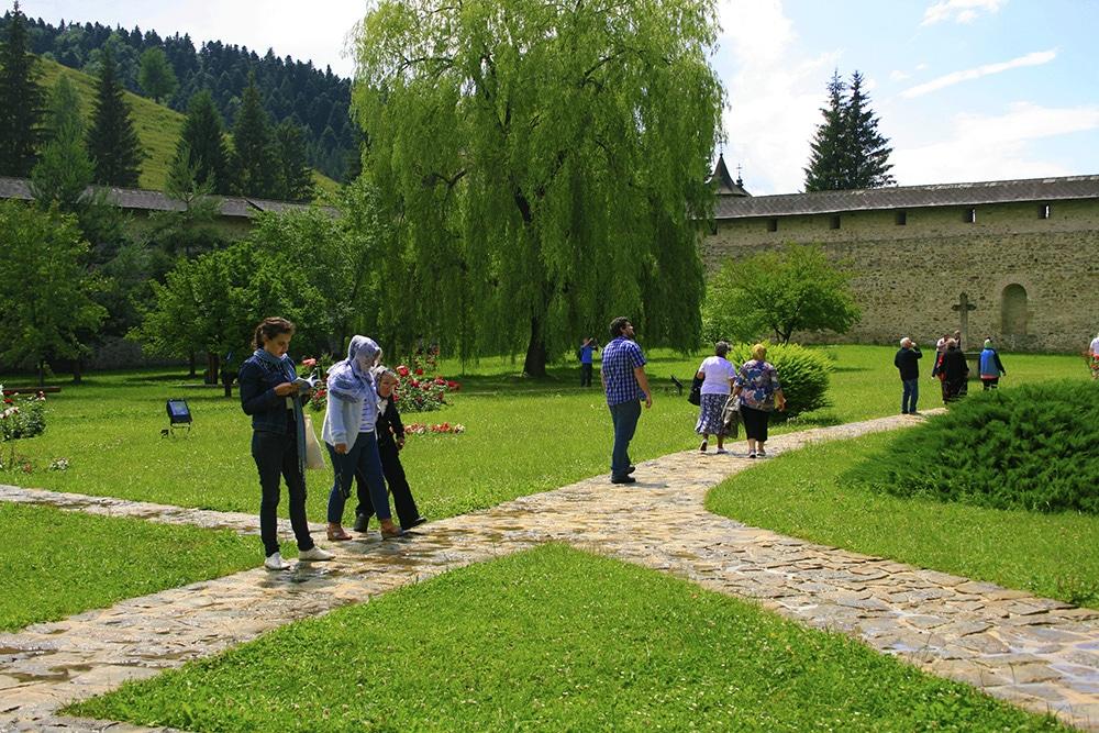 06 - Manastirea Sucevita _ ChiqueRomaniaJPG (4)_site