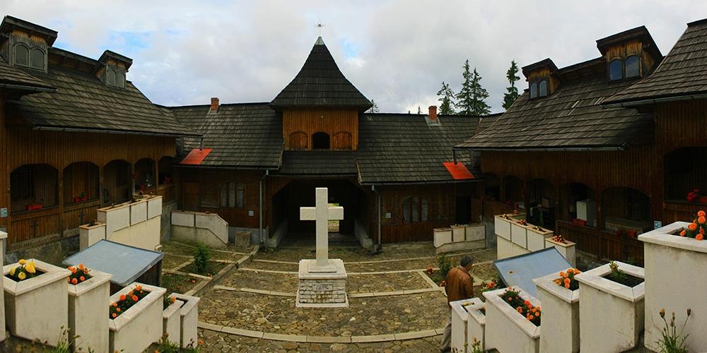 manastirea mestecanis_ChiqueaRomania -site