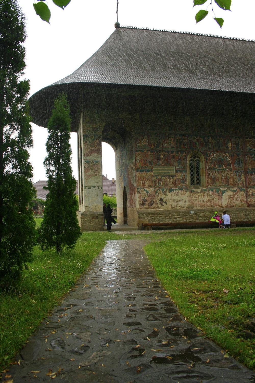 01 -Manastirea Humor _ ChiqueRomania (14)_site
