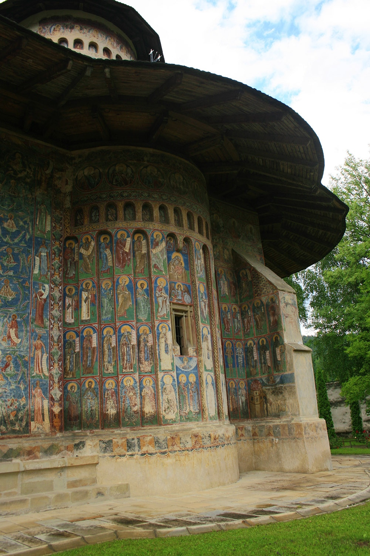 02 - Manastirea Voronet - ChiqueRomania (5)_site